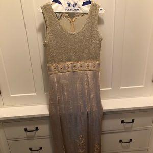 Dresses & Skirts - Elegant, Vintage Dress